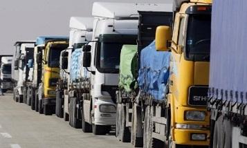 Водители армянских грузовиков перекрыли дорогу к КПП Баграташен-Садахло